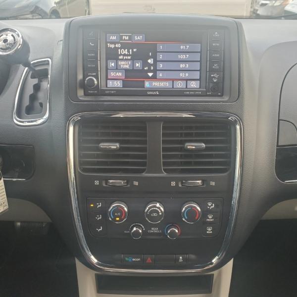 Dodge Grand Caravan 2017 price $11,499