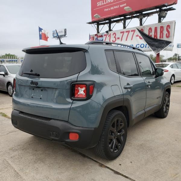 Jeep Renegade 2017 price $14,999