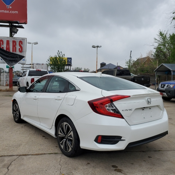 Honda Civic Sedan 2018 price $14,900
