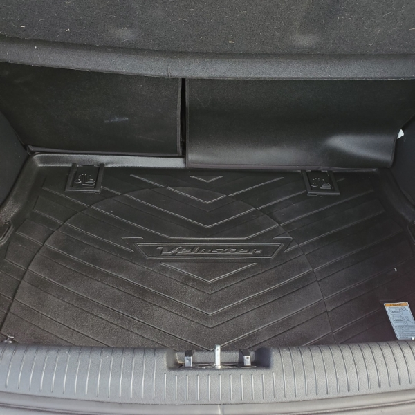 Hyundai Veloster 2013 price $7,200