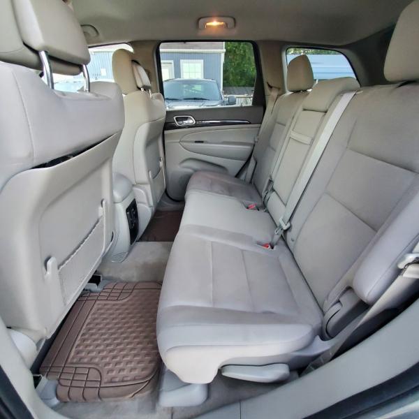 Jeep Grand Cherokee 2012 price $11,299