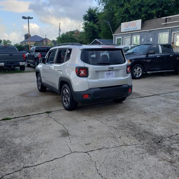 Jeep Renegade 2016 price $13,999