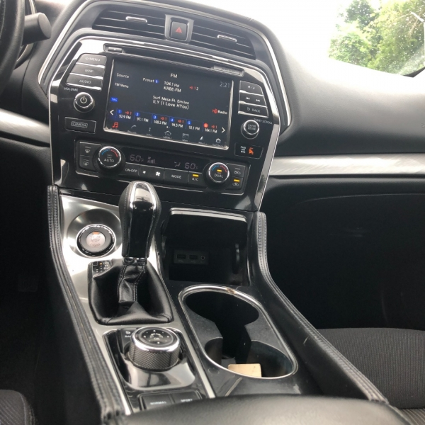 Nissan Maxima 2016 price $12,999