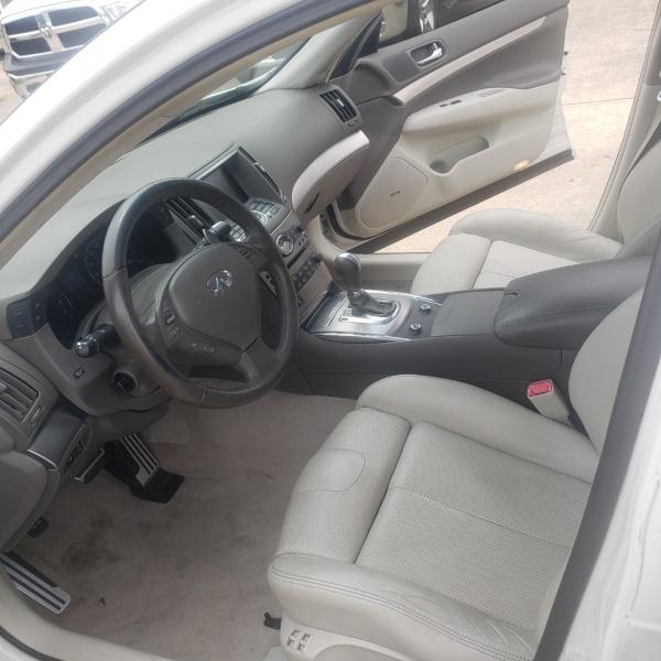 Infiniti G37 Sedan 2011 price $10,250