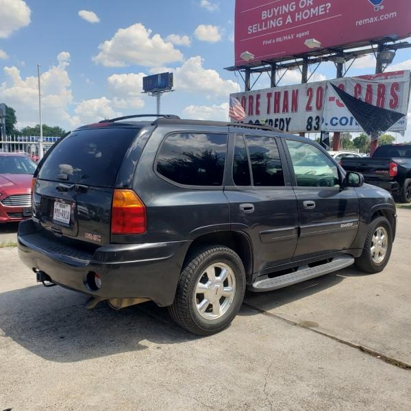 GMC Envoy 2003 price $3,499