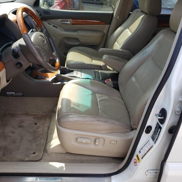 Lexus GX 470 2006 price $10,995