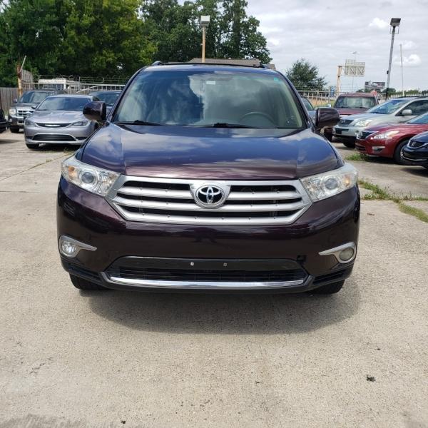 Toyota Highlander 2013 price $15,999