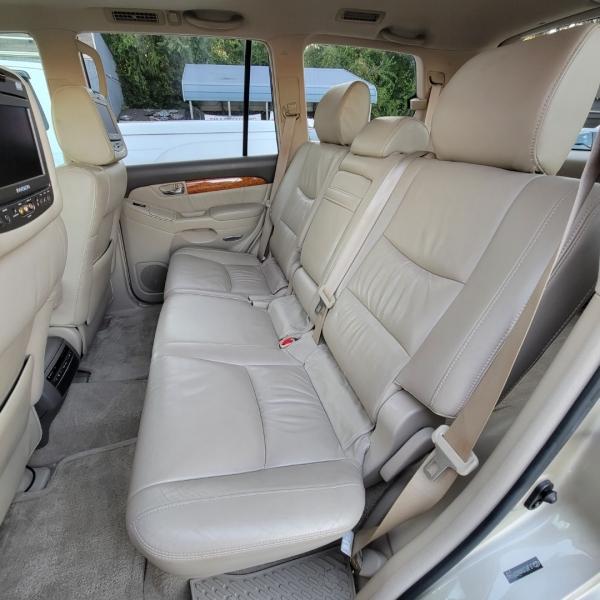 Lexus GX 470 2006 price $13,999
