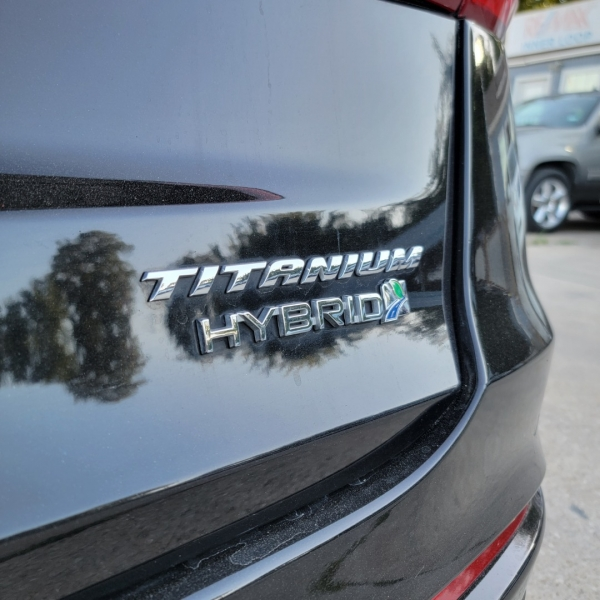 Ford Fusion Hybrid 2019 price $18,499