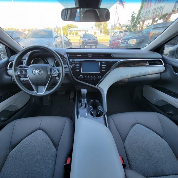 Toyota Camry 2018 price $17,499