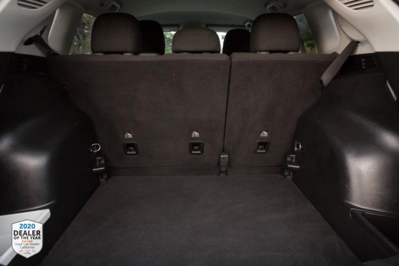 Jeep Compass 2018 price $15,990
