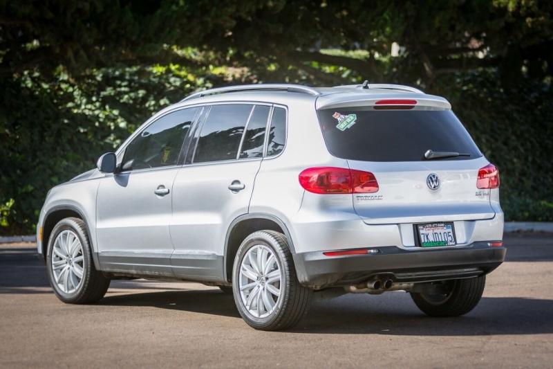 Volkswagen Tiguan 2015 price $13,890