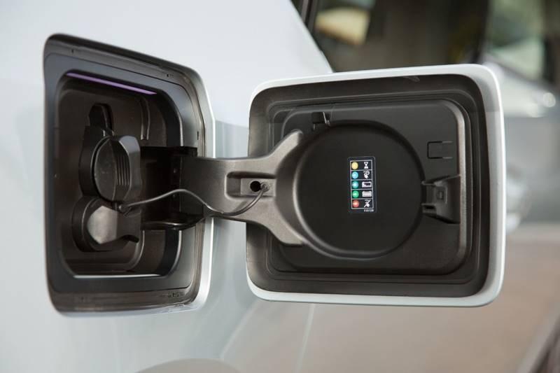 BMW i3 2015 price $13,990