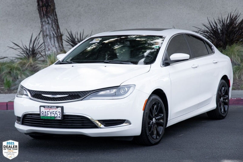 Chrysler 200 2016 price $15,900