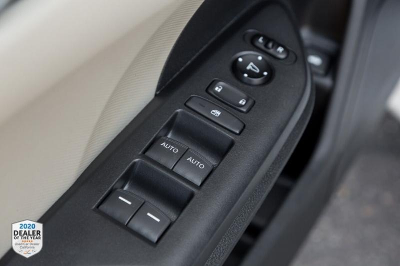 Honda Civic 2019 price $16,900