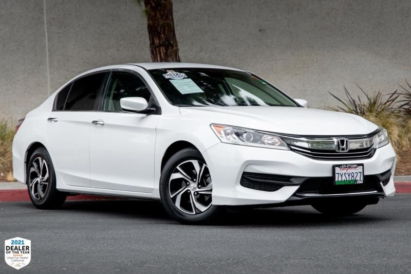 Honda Accord 2017 price $18,900