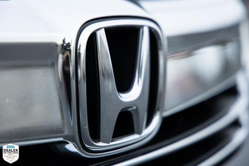 Honda Accord 2017 price $17,875