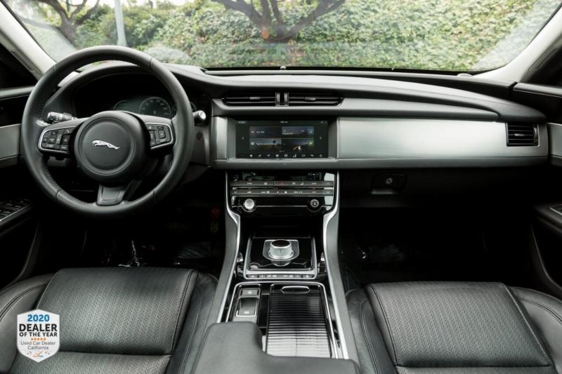 Jaguar XF 2016 price $23,800