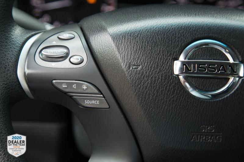 Nissan Pathfinder 2013 price $12,900