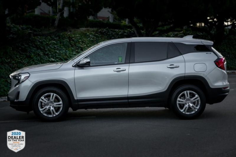 GMC Terrain 2018 price $18,990