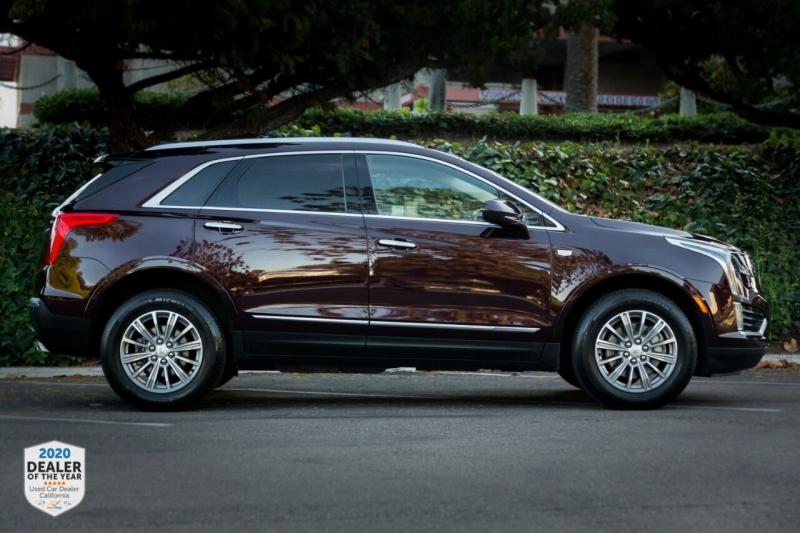 Cadillac XT5 2017 price $26,700