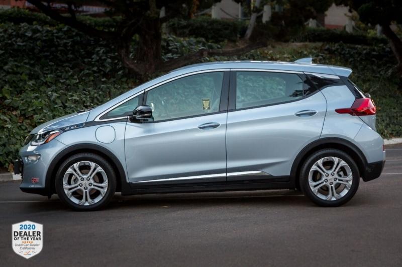 Chevrolet Bolt EV 2017 price $16,990