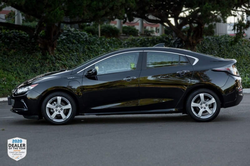 Chevrolet Volt 2017 price $15,700