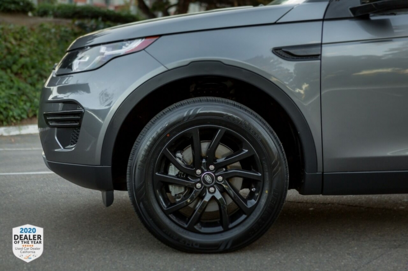 Land Rover Discovery Sport 2017 price $27,965