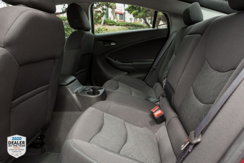Chevrolet Volt 2017 price $15,900