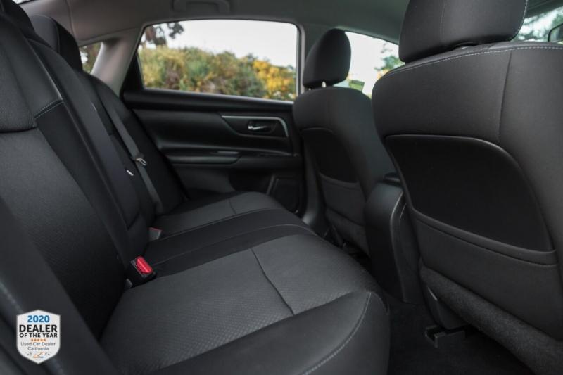 Nissan Altima 2017 price $15,990