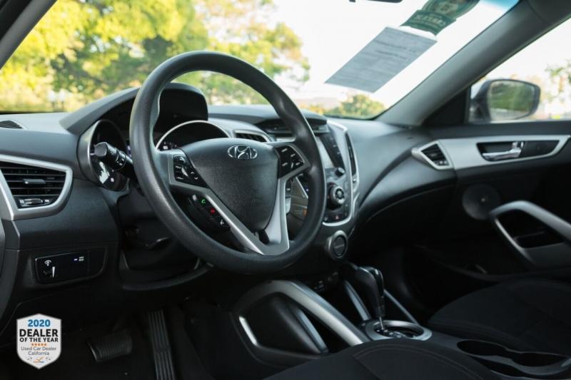Hyundai Veloster 2015 price $11,500