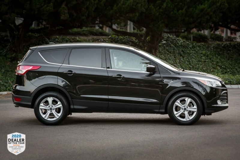 Ford Escape 2015 price $12,965
