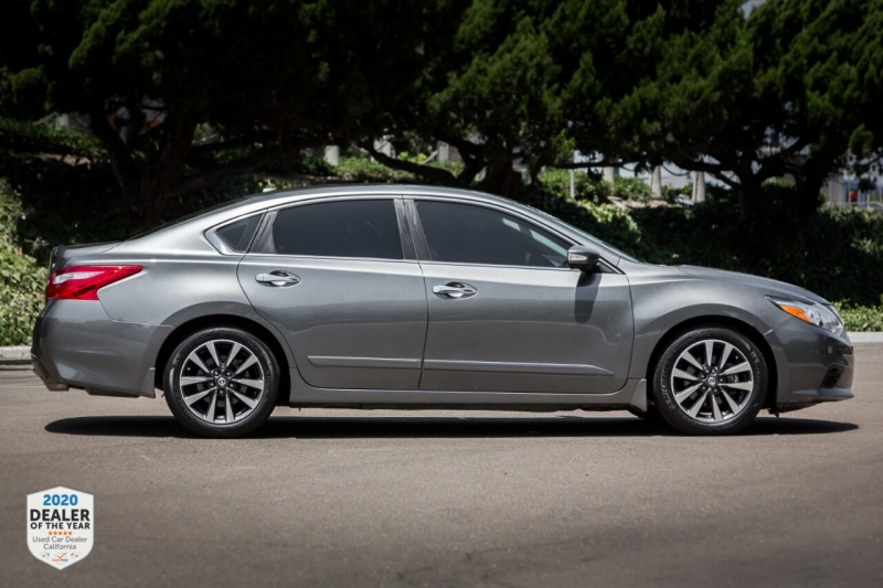 Nissan Altima 2017 price $16,900