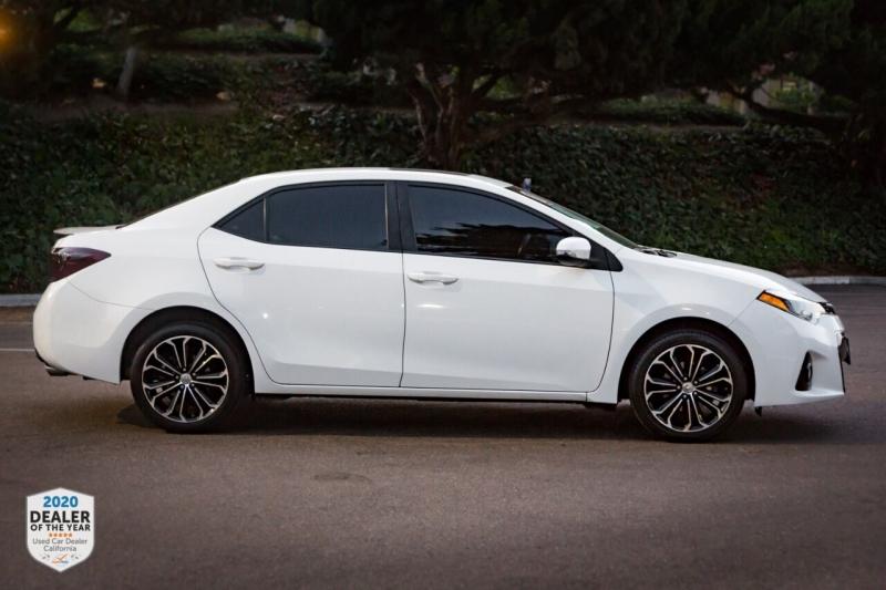 Toyota Corolla 2015 price $13,498