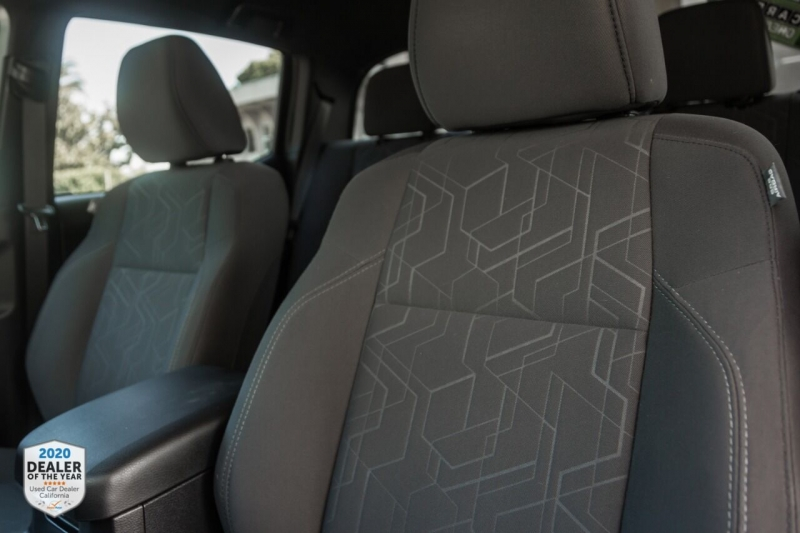 Toyota Tacoma 2018 price $36,900