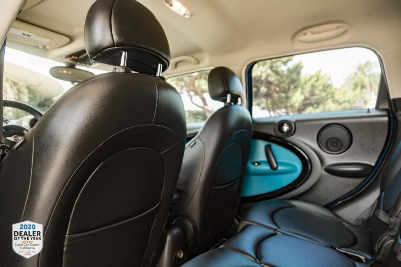 MINI Cooper Countryman 2012 price $11,900