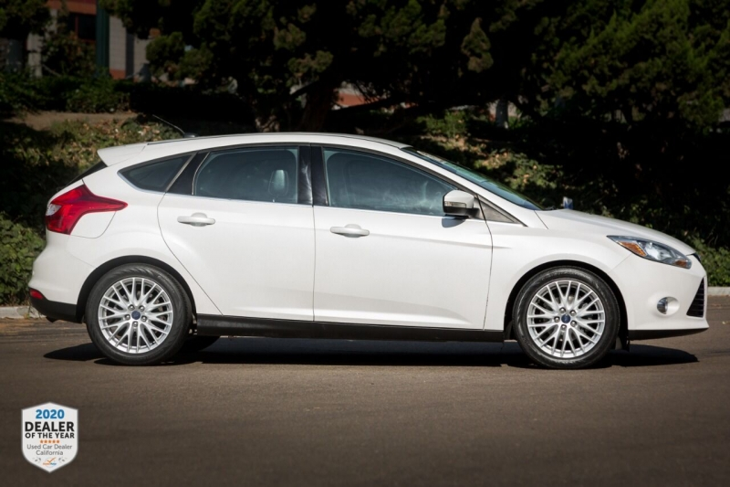 Ford Focus 2012 price $10,890