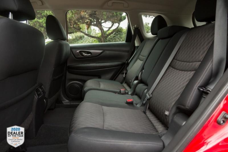 Nissan Rogue 2017 price $14,700