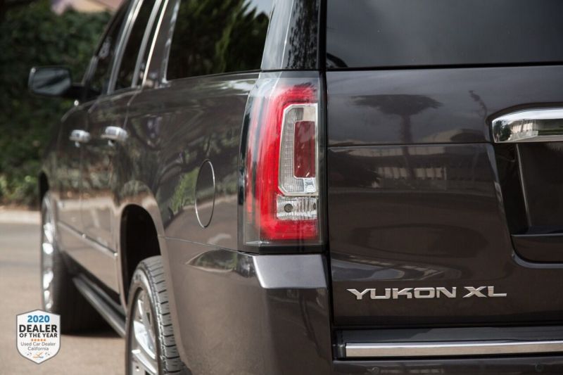 GMC Yukon XL 2016 price $39,900