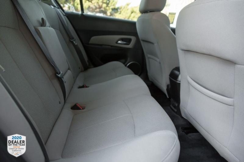 Chevrolet Cruze 2011 price $7,990