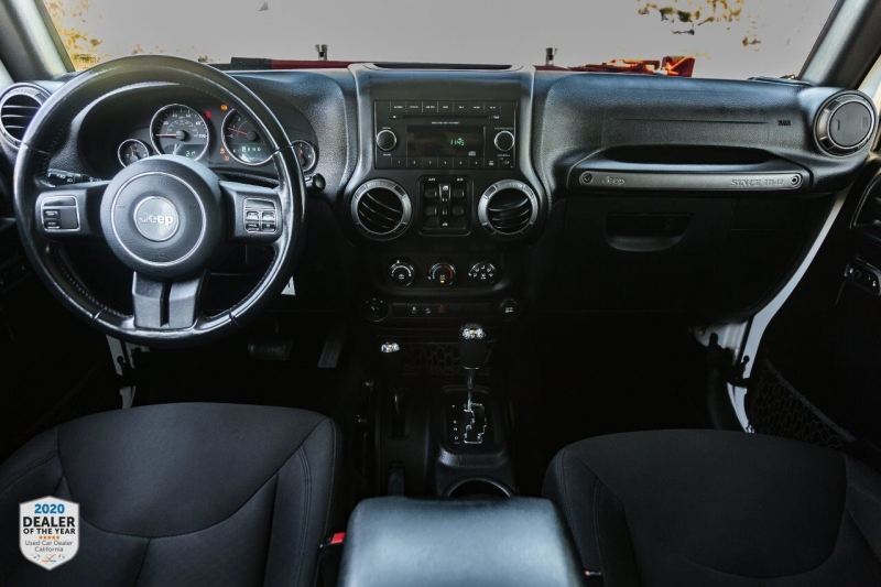 Jeep Wrangler Unlimited 2016 price $32,900