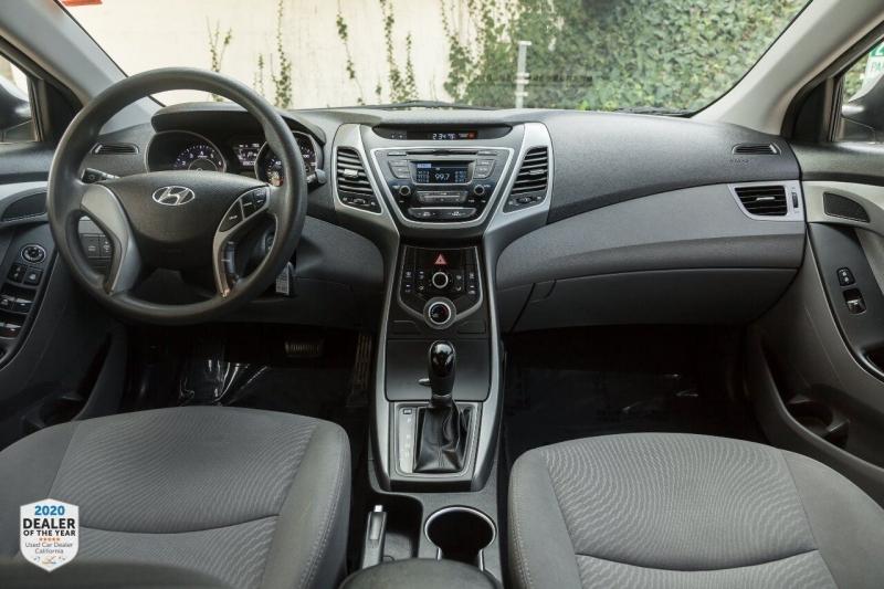 Hyundai Elantra 2016 price $9,900