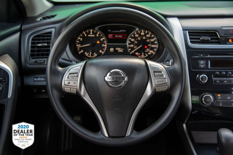 Nissan Altima 2015 price $11,900