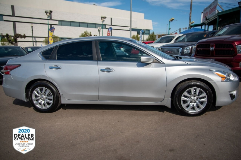 Nissan Altima 2015 price $13,900