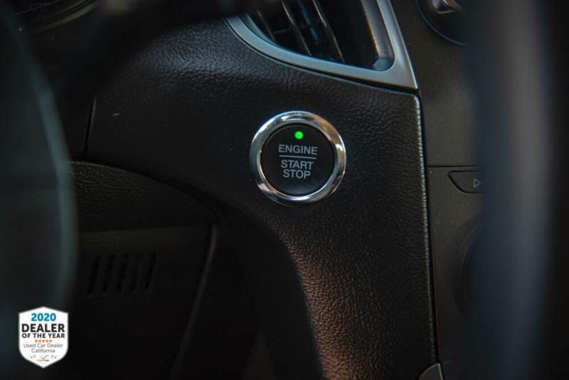 Ford Edge 2017 price $14,990