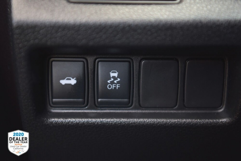 Nissan Altima 2016 price $10,900