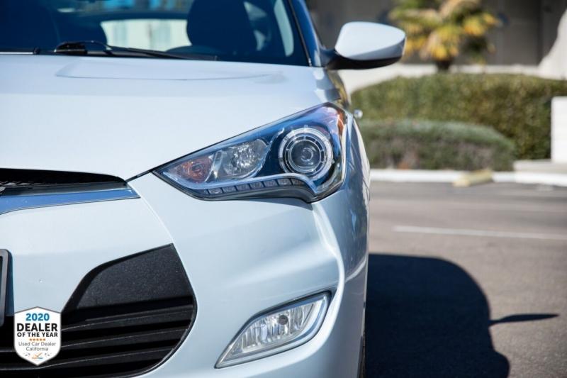 Hyundai Veloster 2014 price $11,700