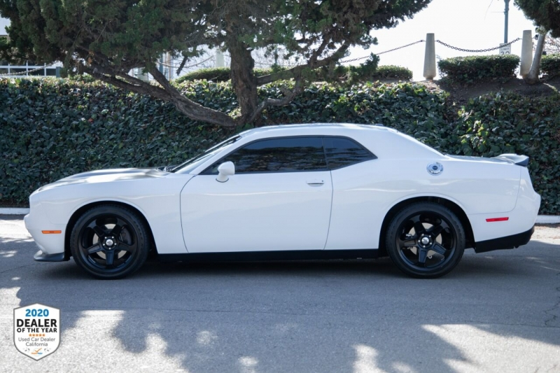 Dodge Challenger 2019 price $27,997