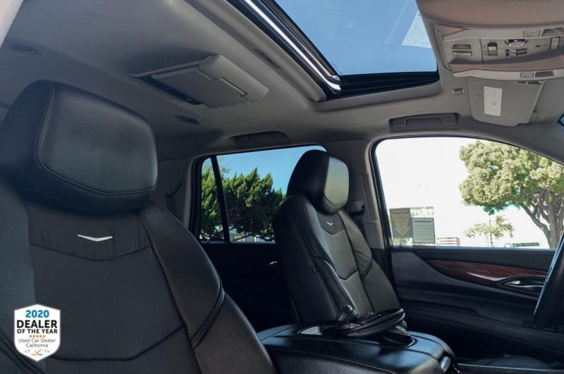 Cadillac Escalade 2016 price $42,997