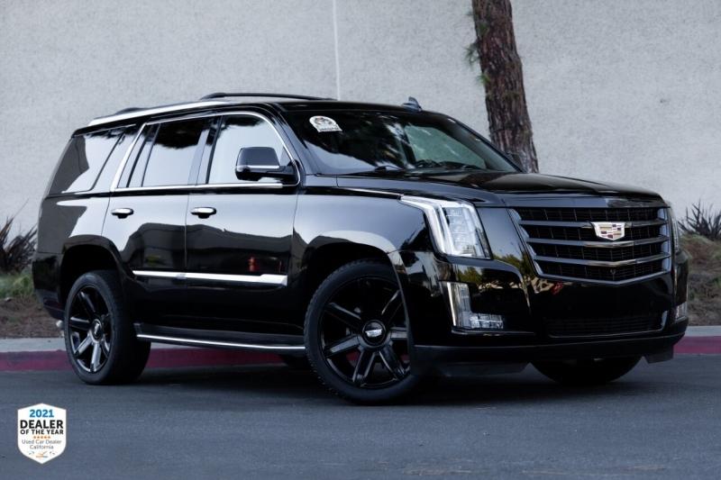 Cadillac Escalade 2016 price $43,997